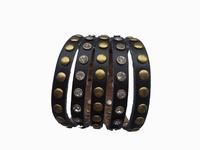 Lederen armband met studs zwart